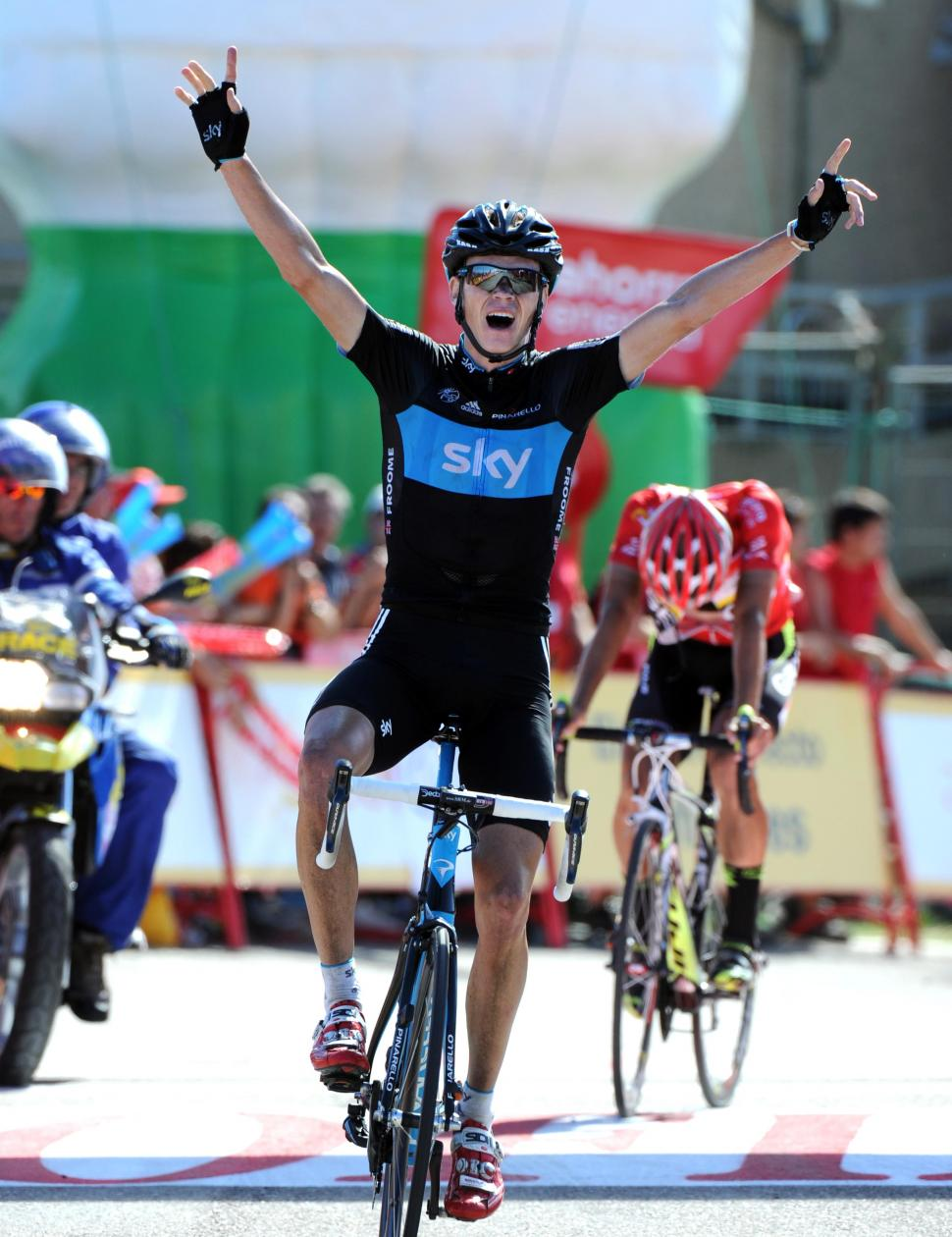 Chris Froome wins Stage 17 of the 2011 Vuelta (copyright Tour of Spain/Graham Watson).jpg