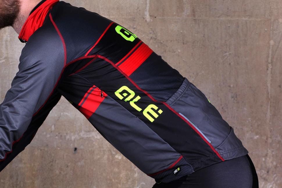 Ale PRR Bering Jacket - on bike def5cb4e7