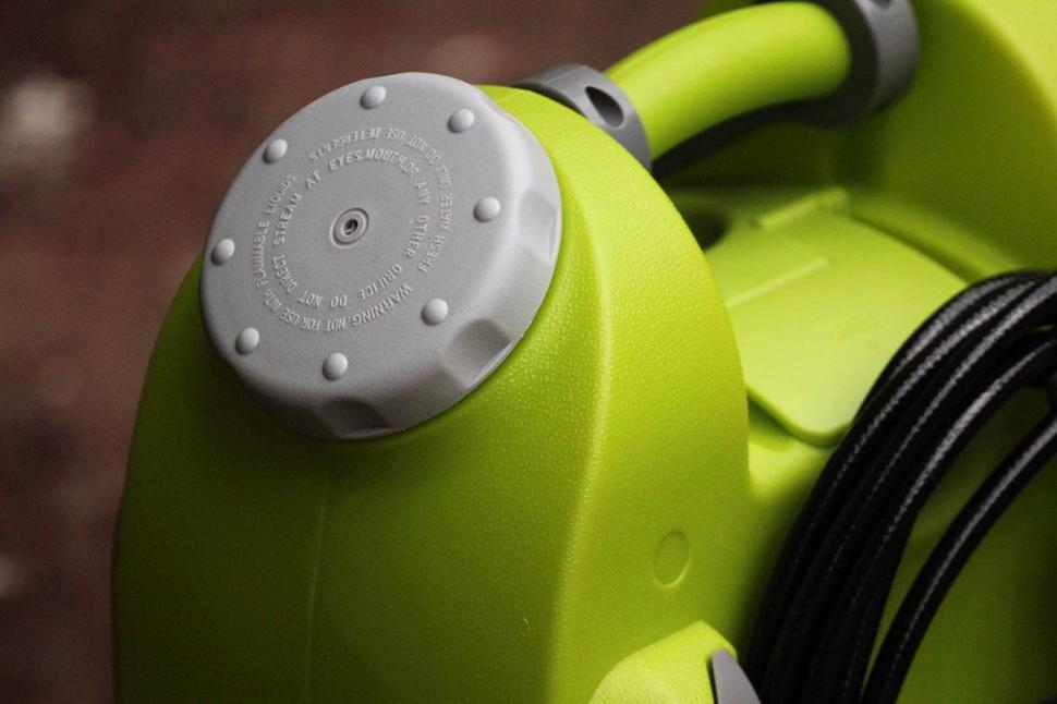 IAqua2go PRO - Smart Pressure Cleaner-WaterCap