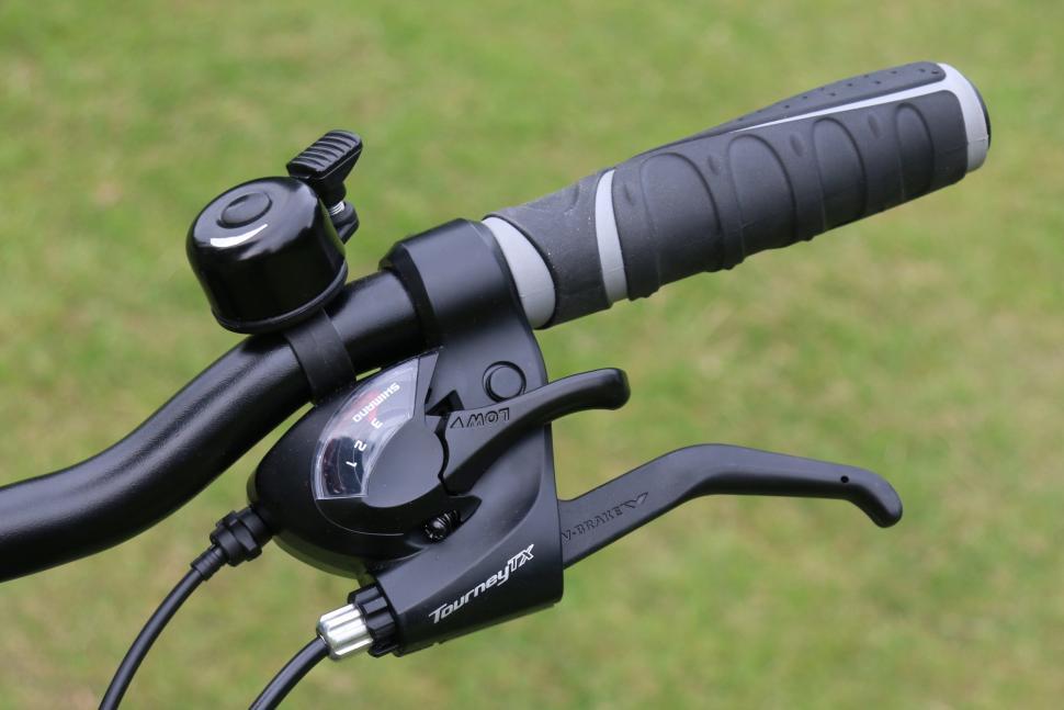 B'Twin Hoprider 520 06 - Shimano Tourney TX brake shift lever