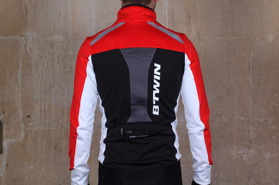 Review  BTwin 520 Warm Cycling Jacket  3db2ef903