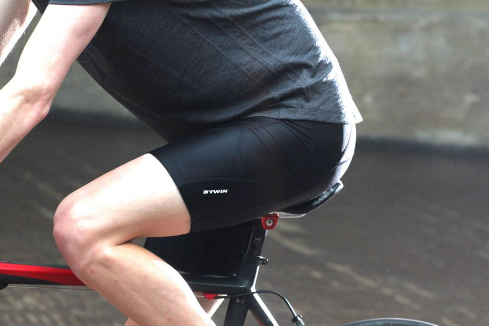 Review  B Twin 700 Cycling Shorts  a3af9dd92
