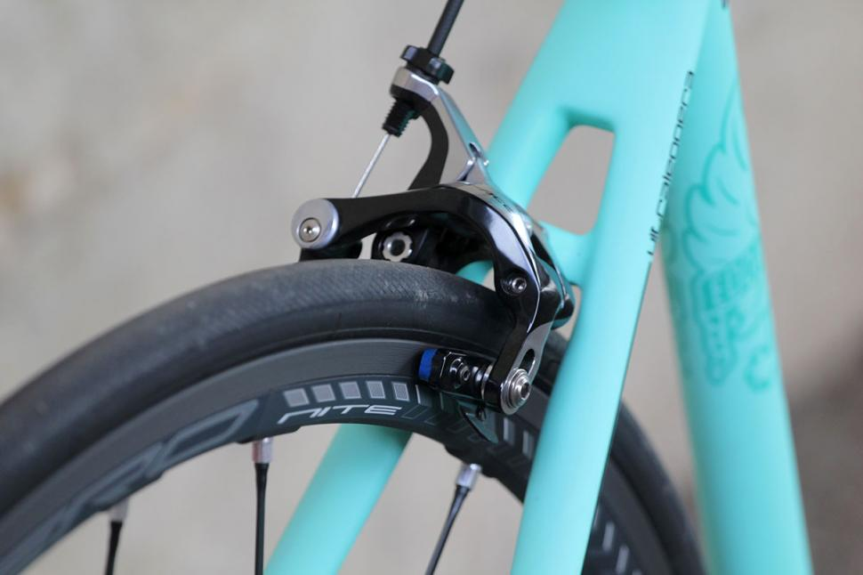 Bianchi Specialissima - rear brake