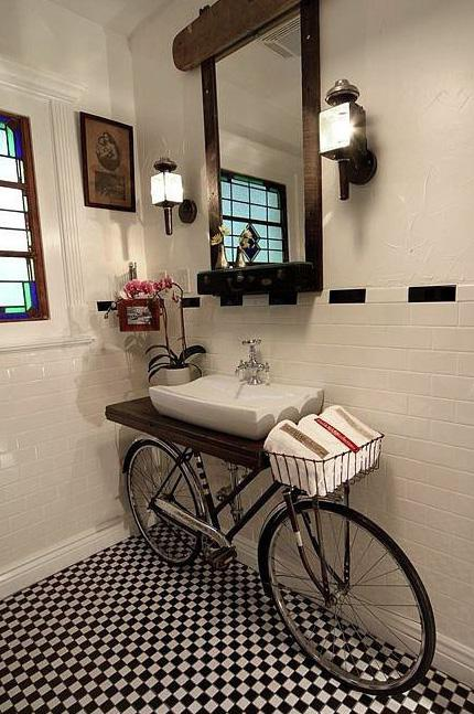 Bathroom design by Benjamin Bullins, New Orleans
