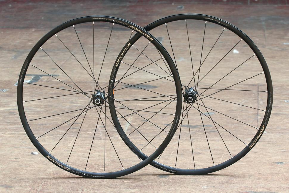 Bontrager Affinity Elite Road Disc wheelset
