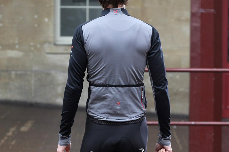 Review  Bontrager RXL 180 Softshell Jacket  d3b9e347f