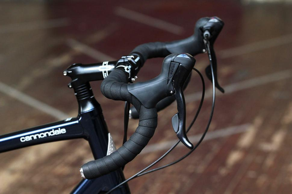 Cannondale Touring - bars