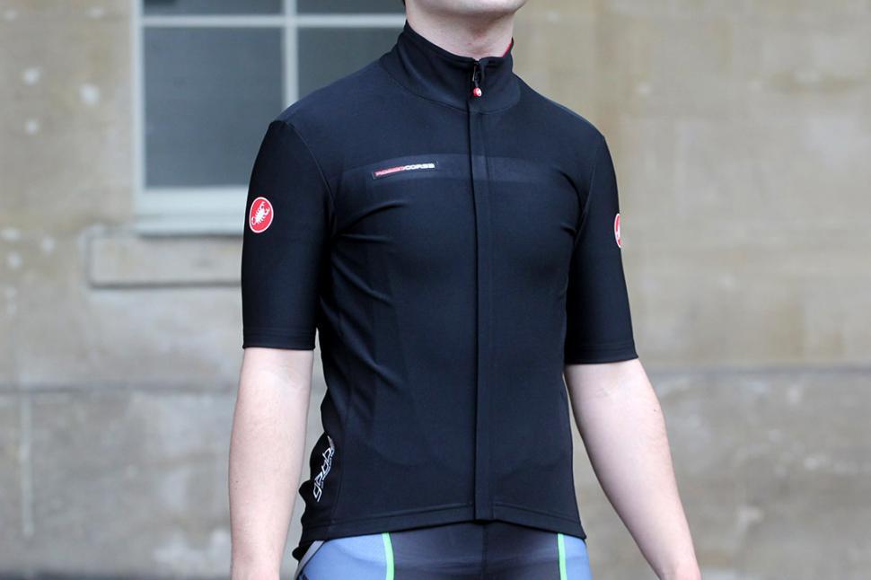 639ea17dc Review  Castelli Gabba 2 jersey