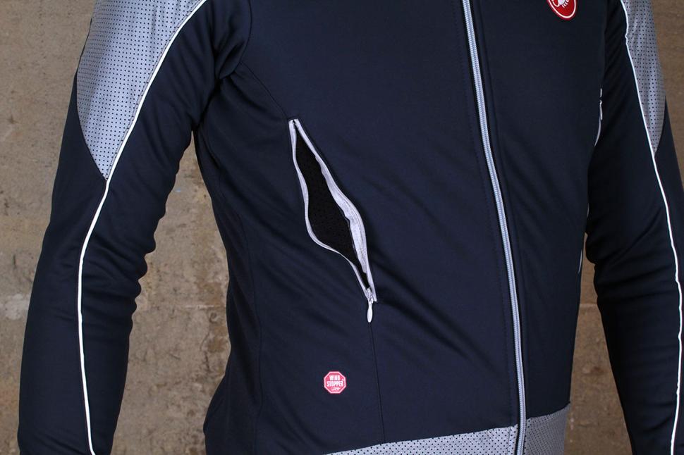 f66f399d1 Review  Castelli Mortirolo Reflex Jacket