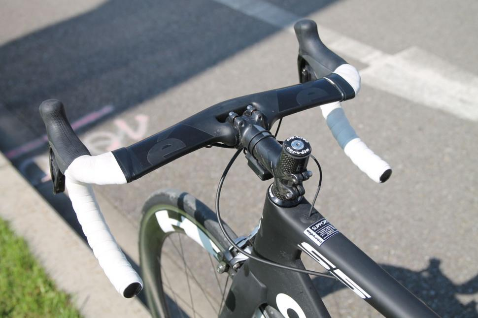 Cerv 233 Lo S5 First Ride Review Road Cc
