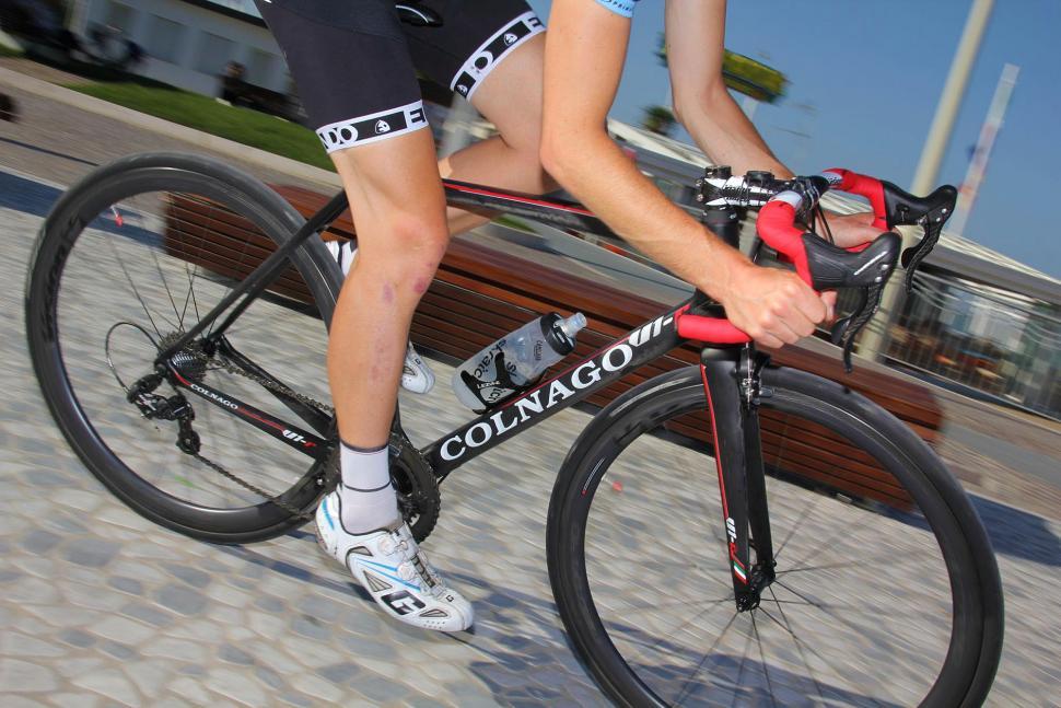 Colnago V1-r - riding 01