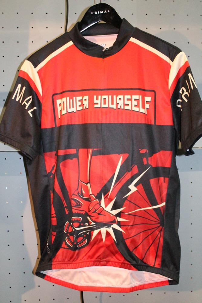 bace38293 New clothing roundup