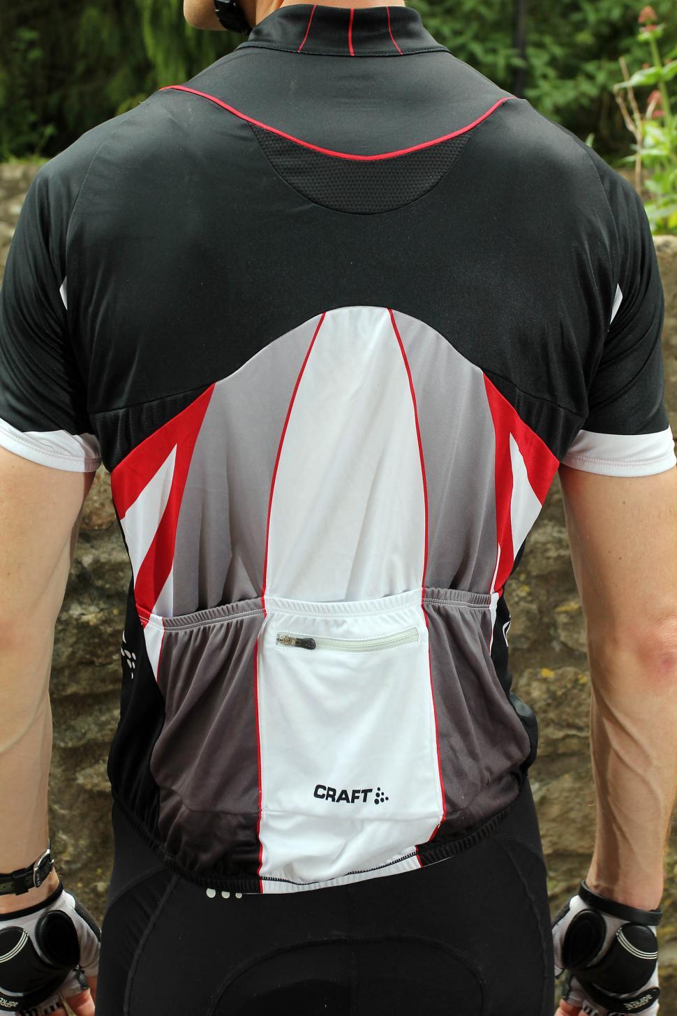Review  Craft Performance Bike Tour jersey  49ac89493