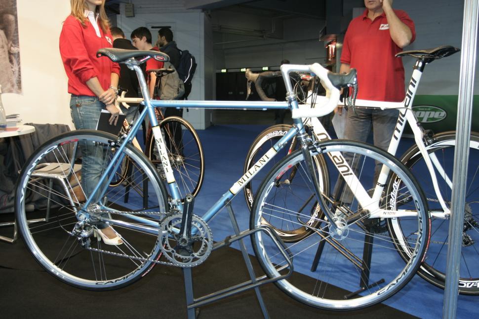 Milani Replica Cycle 08