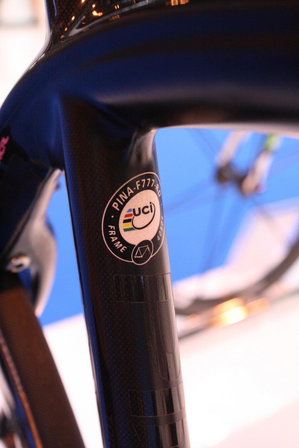0181912d6 UCI Technical Regulations update  Socks