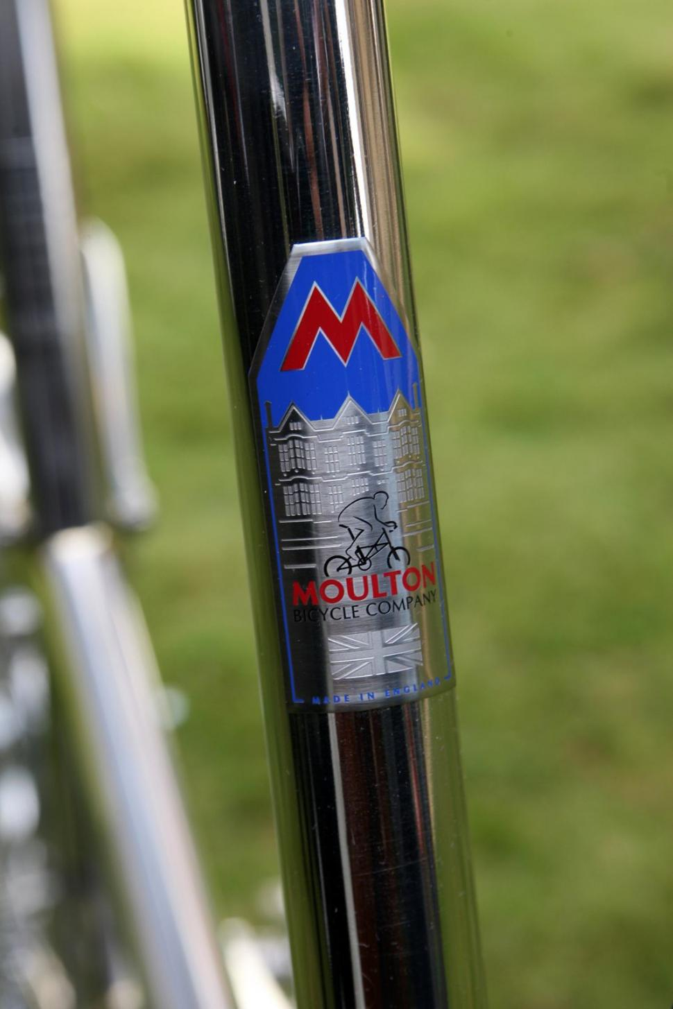 Dr Alex Moulton 90th birthday bike - head badge