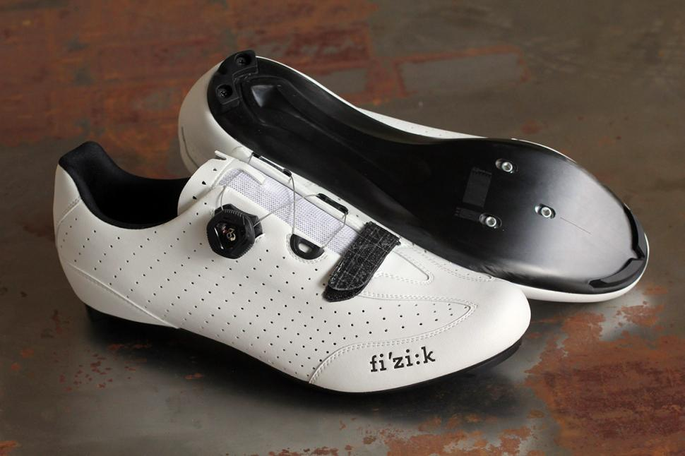Review  Fizik R3B Uomo Men s road shoes  2f9e1e39c
