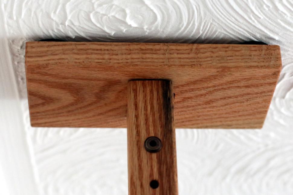 GearUp OakRak - 5 - top piece against ceiling