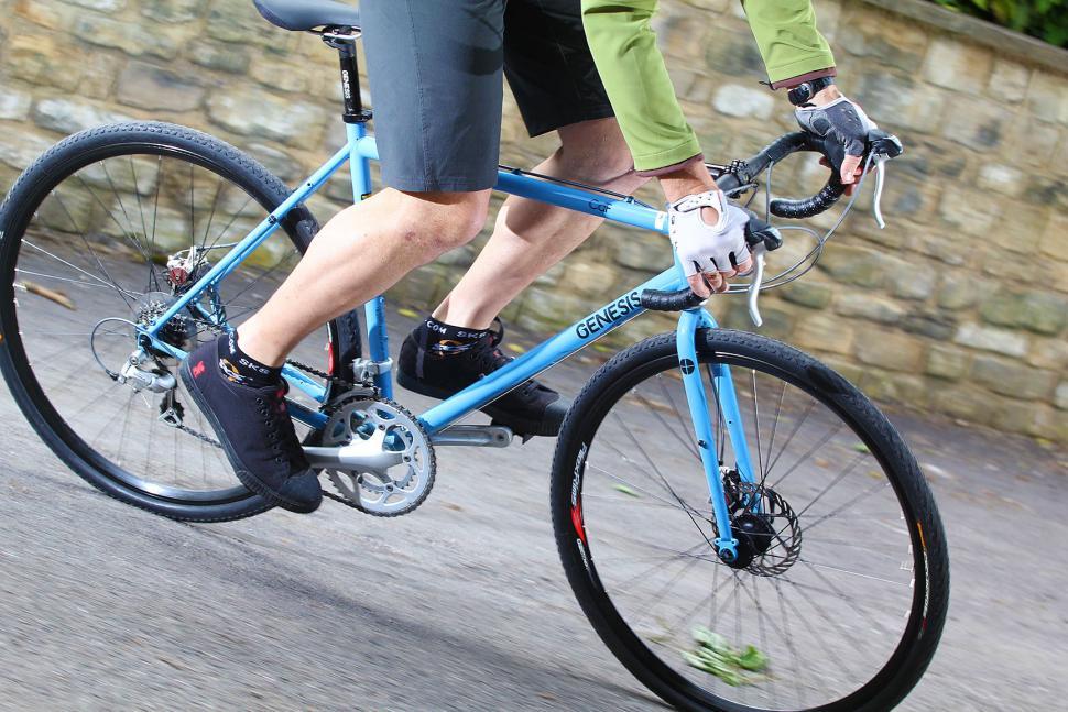 Genesis CdF - riding 1