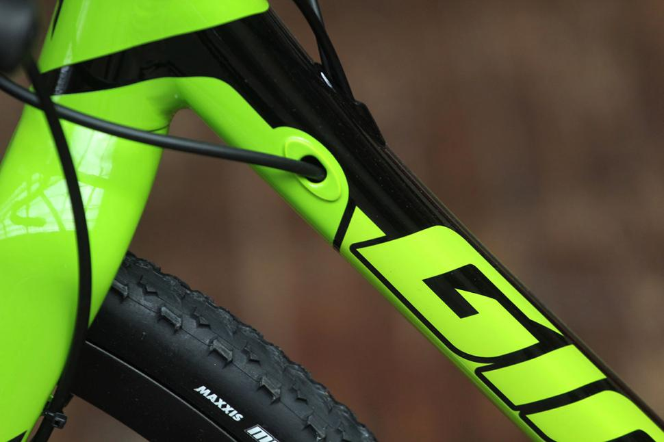 Giant TCX SLR1 - cable routing 2