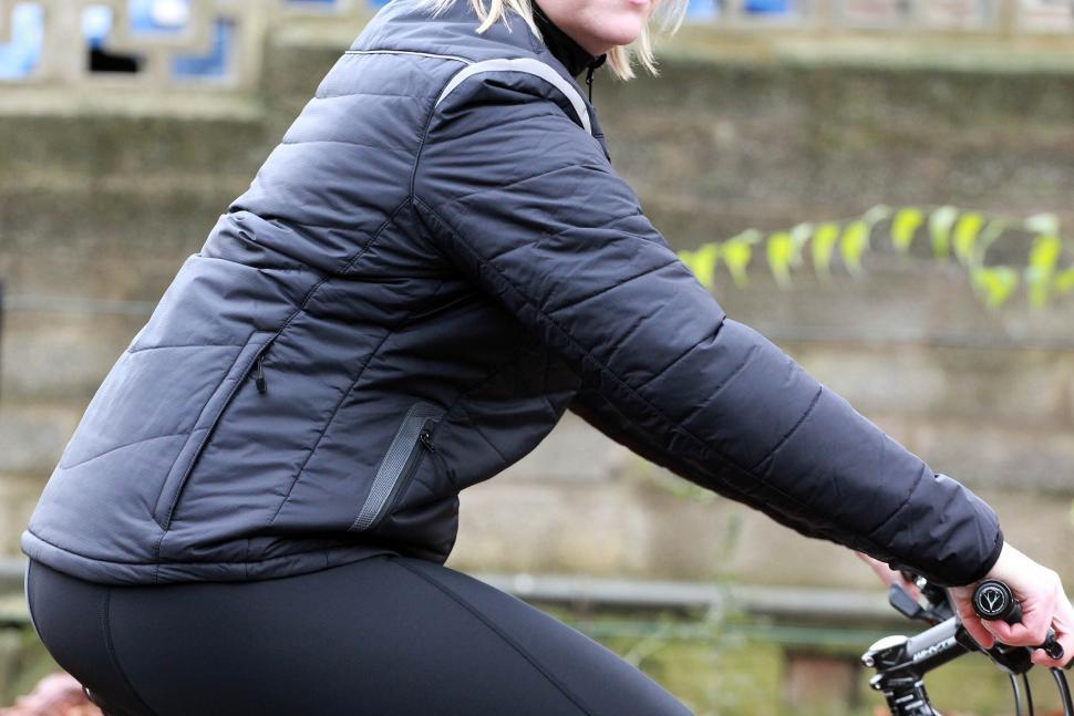 Gore Bike Wear Countdown insulated women's jacket - on bike