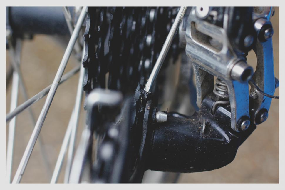 How to clean and lube your chain — Step 2