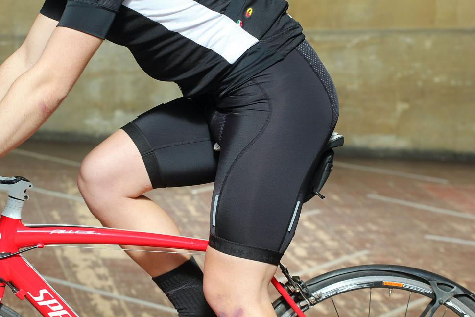 Huez Starman Shorts - riding