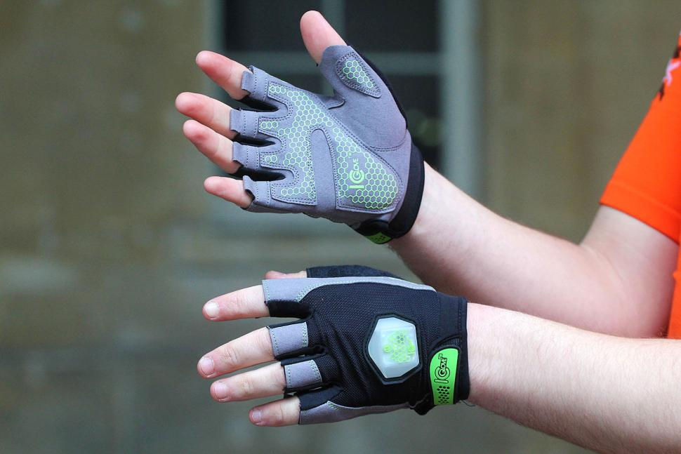 ICGlove Indicating Cycling Gloves