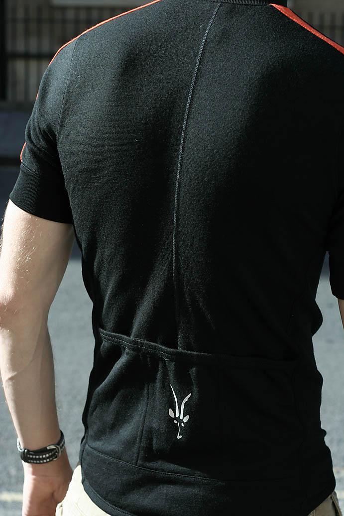 3213e708d Review  Ibex Giro Full Zip Merino jersey