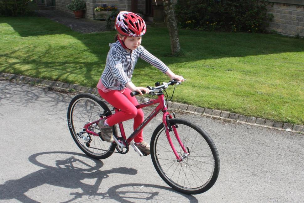 Islabike Beinn 24 riding 1