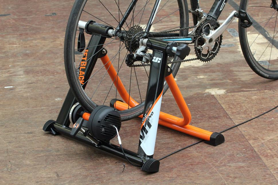Review Jetblack Cycling Mag Pro Hydro Smart Release