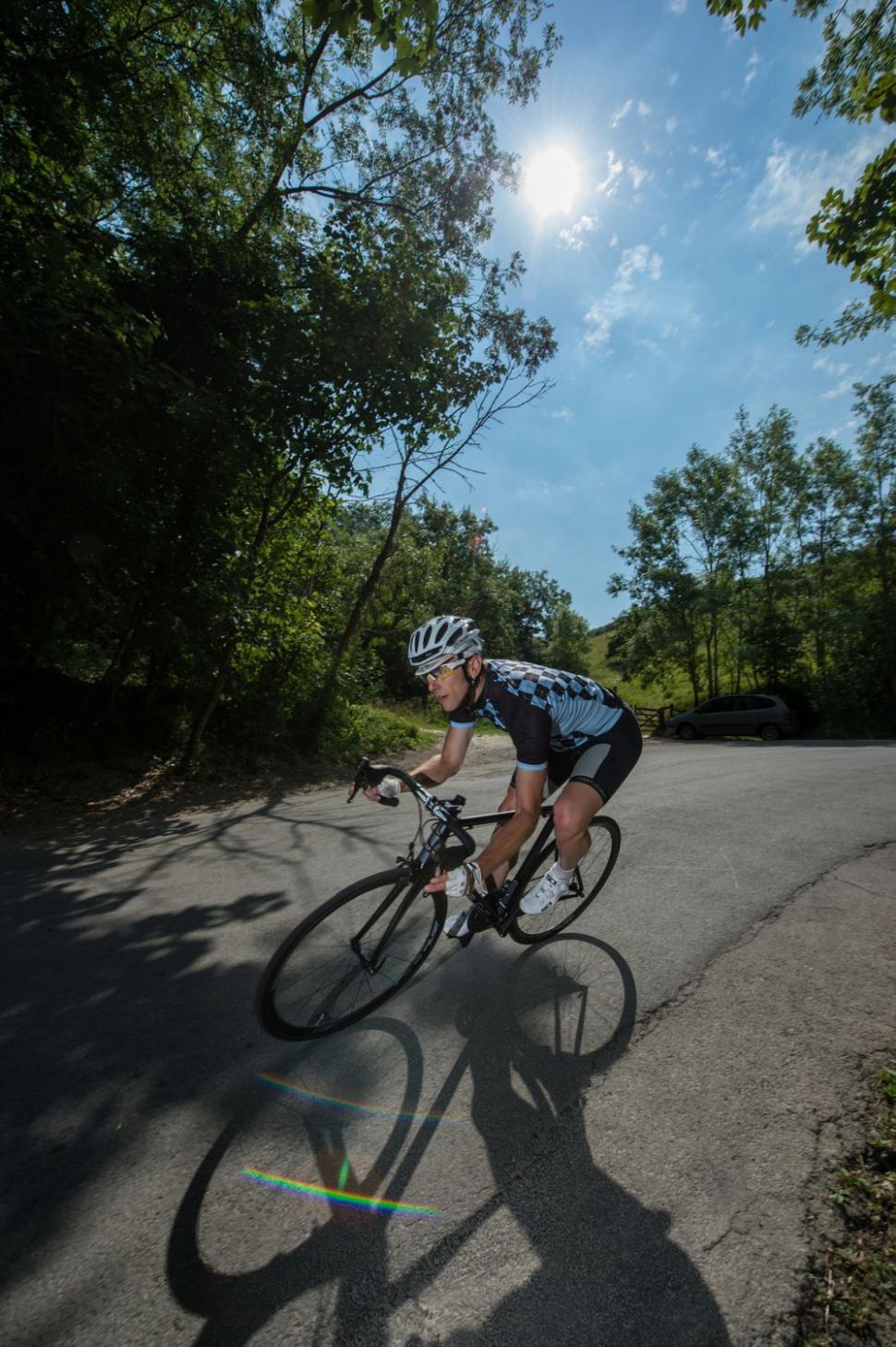 Kinesis Aithein - fast corner (Geoff Waugh Photos)