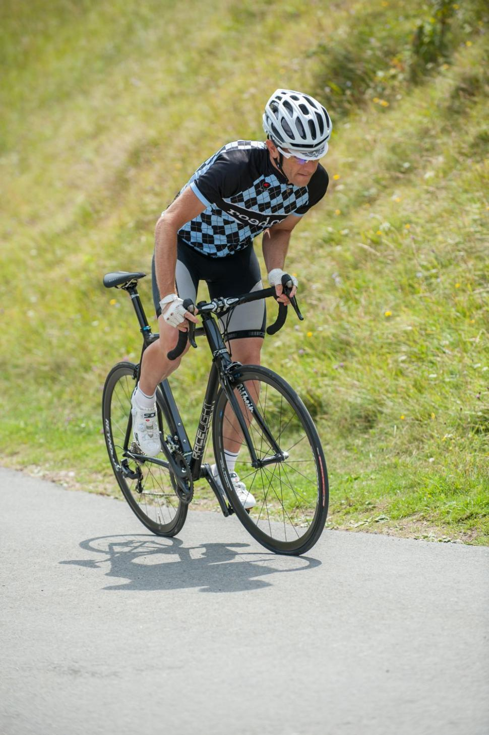 Kinesis Aithein - more climbing (Geoff Waugh Photos