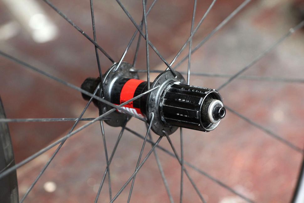 Knight 65 Wheelset RearHub