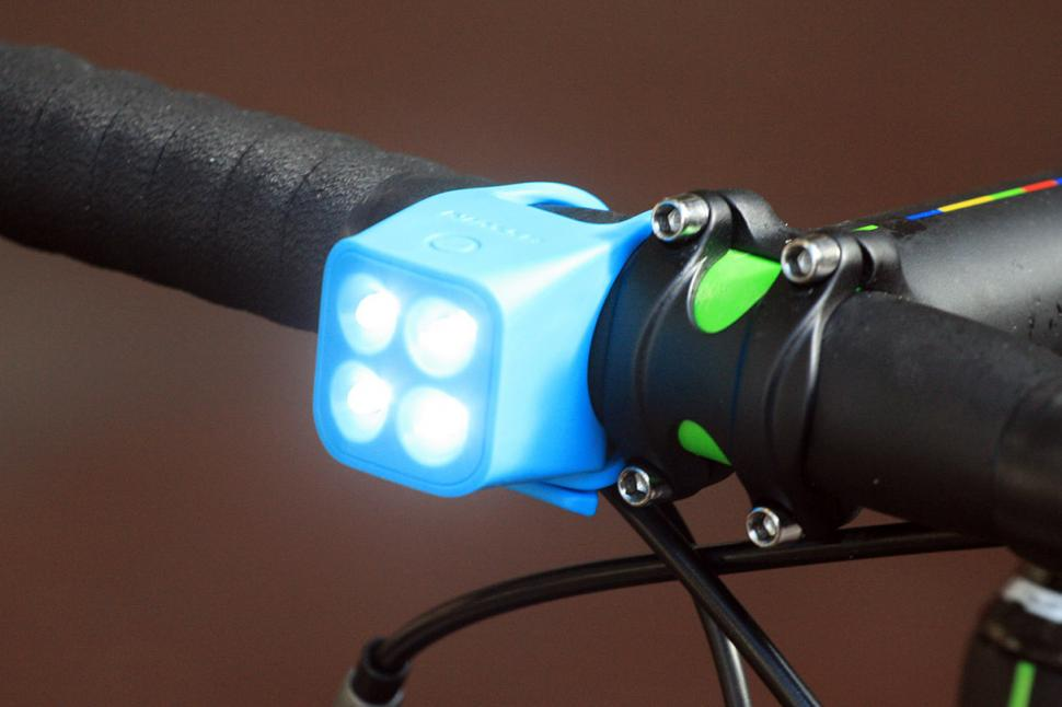 BTwin VIOO 520 front light