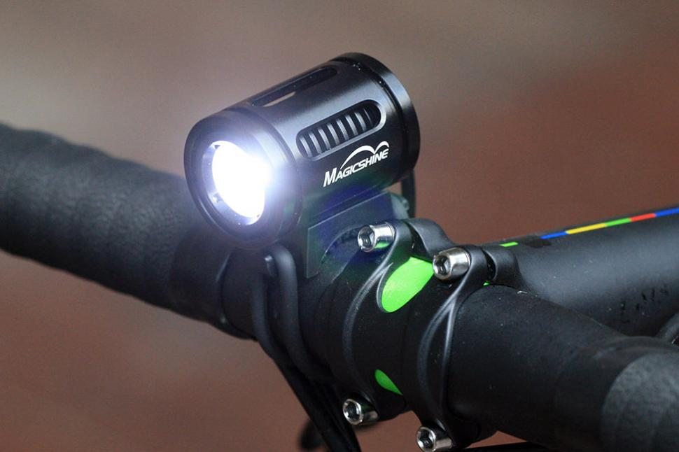 Bicycle Light Reviews >> Review Magicshine Mj 858 Front Light Road Cc