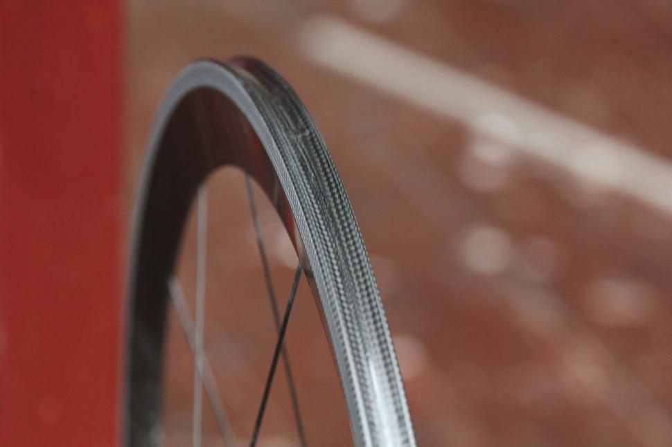 Lightweight Meilenstein wheelset Rimbed