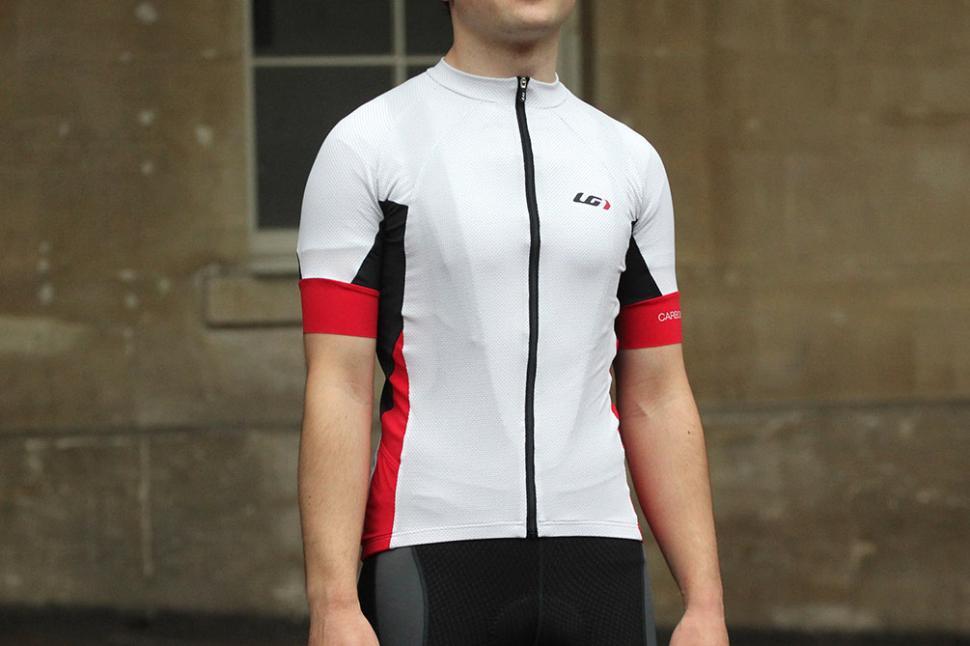 6b4498e32 Review  Louis Garneau Performance Carbon Short Sleeve Jersey