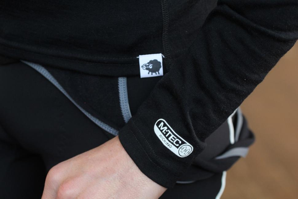 Madison Isoler Merino Men/'s Long Sleeve Baselayer Walking Cycling Top