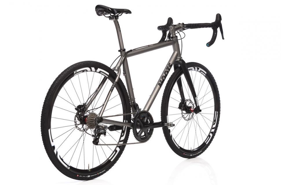 Moots unveil Routt and Routt 45 adventure/gravel bikes | road cc