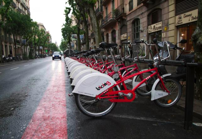 Barcelona targets bullying drivers – in bid to get cyclists off
