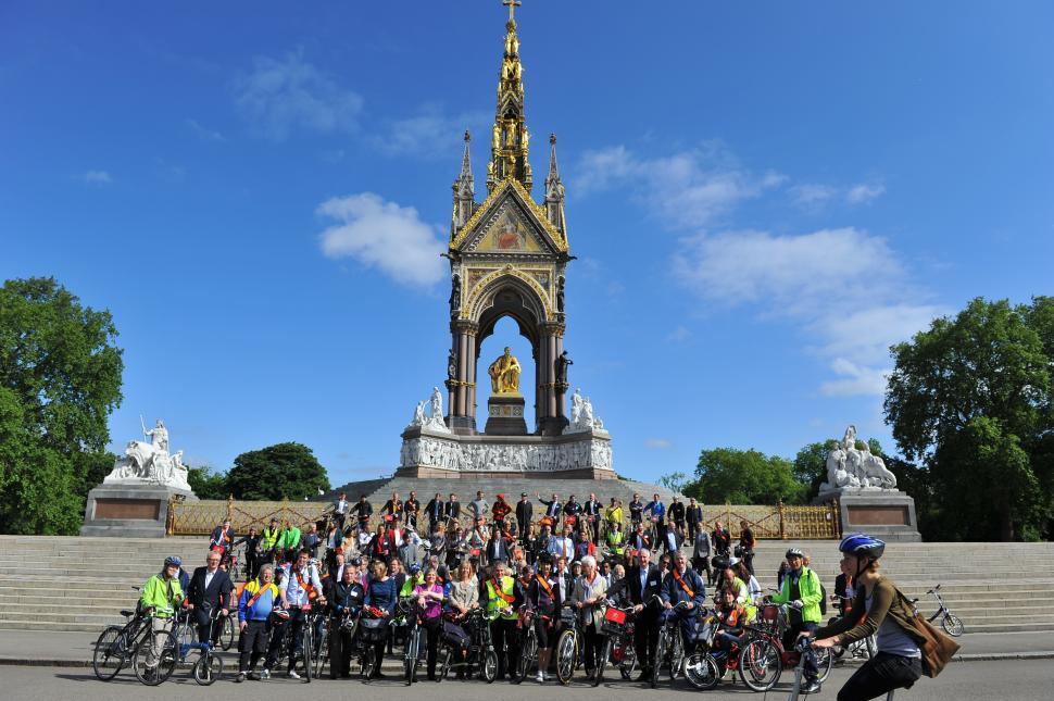 Bike Week 2015 MPs bike ride