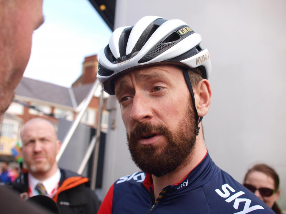 """e46178507 Bradley Wiggins at start of Tour de Yorkshire 2015. """"I think cyclists have  to help themselves in terms of wearing helmets ..."""
