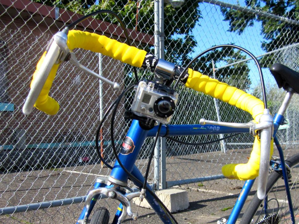 Camera on hack bike (CC BY-SA 2.0 licensed by Atomic Taco:Flickr)