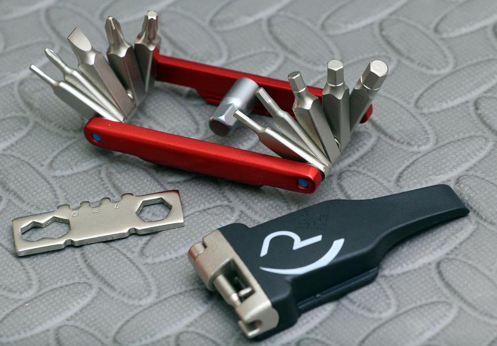 Cube RFR Multitool 19 - open
