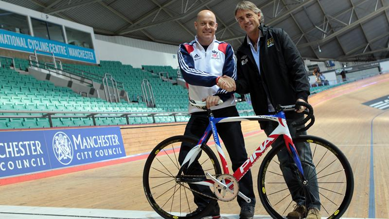 Dave Brailsford and Roberto Mancini (copyright Getty Images)