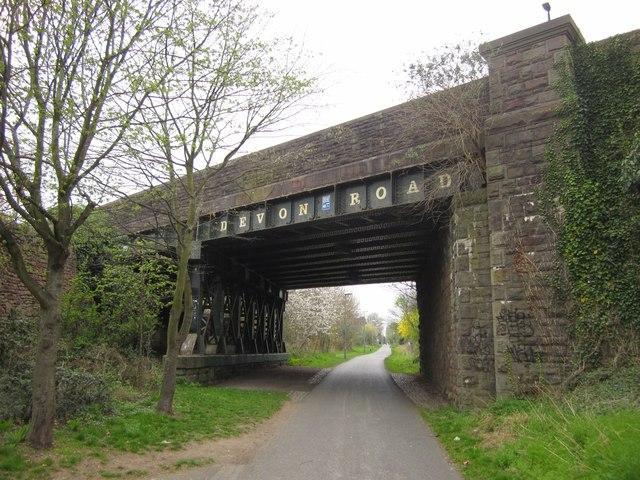 Devon Road Bridge on Bristol & Bath Railway Path (licensed under CC BY-SA 2.0 by Derek Harper)