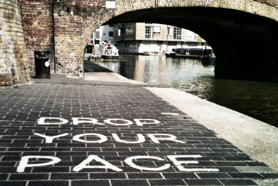 Drop Your Pace (copyright Simon MacMichael)