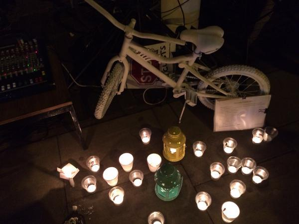 Ghost bike at vigil for Akis Kollaros (©Tom Kearney)