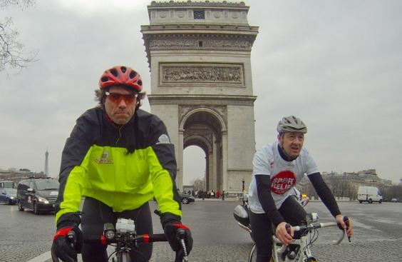 Comedian John Bishop rides 185 miles in a day for Sports Relief... then  rows across Channel (+ video) 88f4e98ce